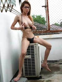 xxx Asian tranny girl Toi on the roof